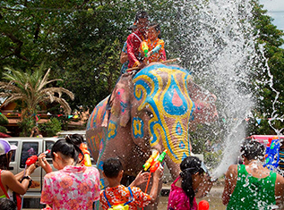Традиционный Тайский Новый год – Сонгкран!